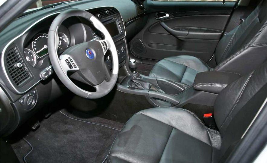 2010 Saab 9-3X - Slide 14