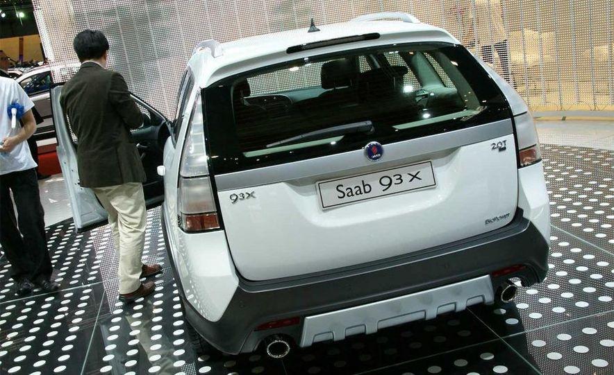 2010 Saab 9-3X - Slide 1