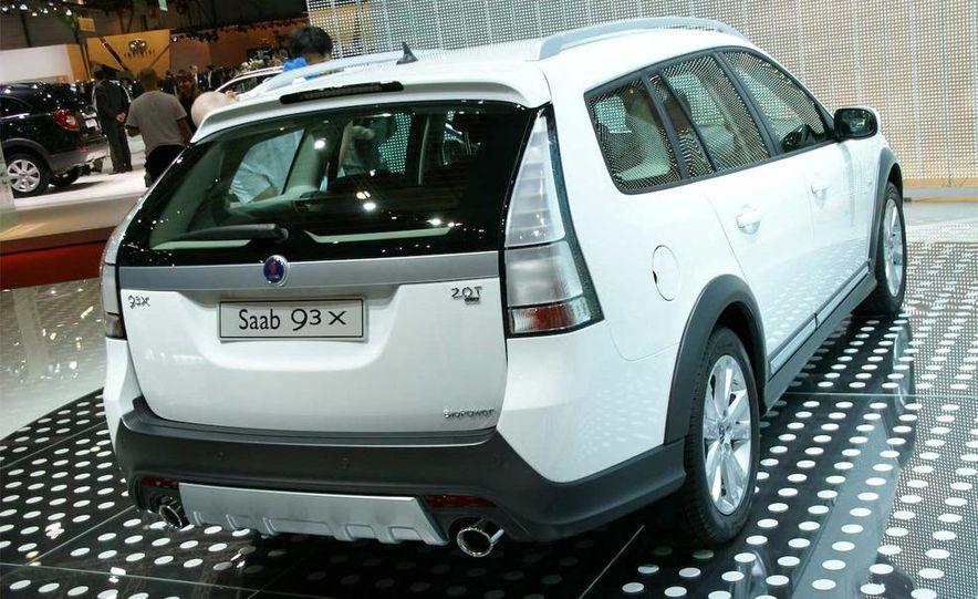 2010 Saab 9-3X - Slide 3