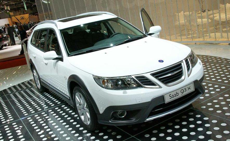 2010 Saab 9-3X - Slide 5