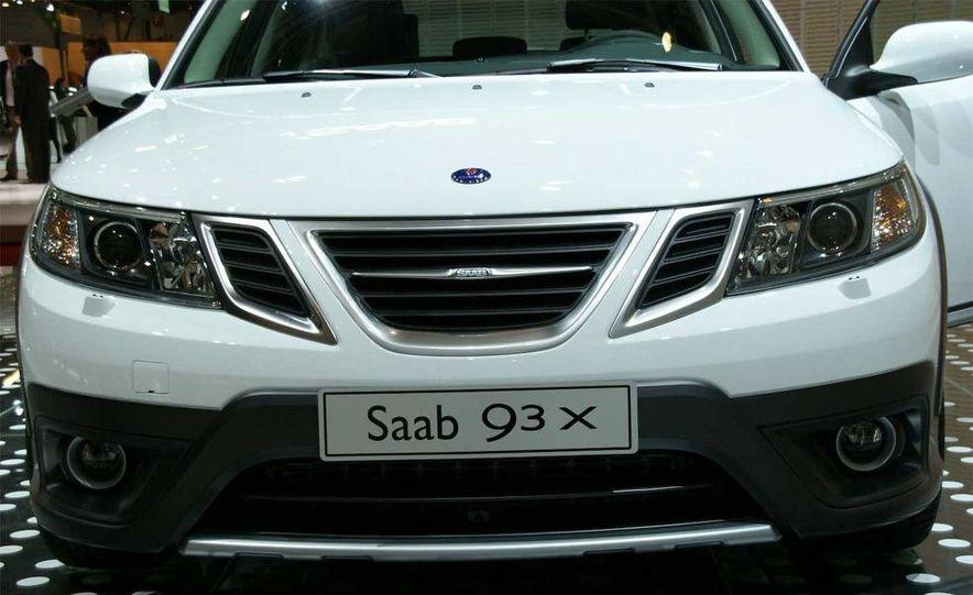 2010 Saab 9-3X - Slide 7