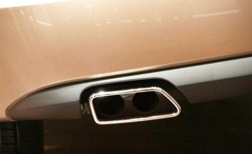 BMW 5-series Gran Turismo concept - Slide 40