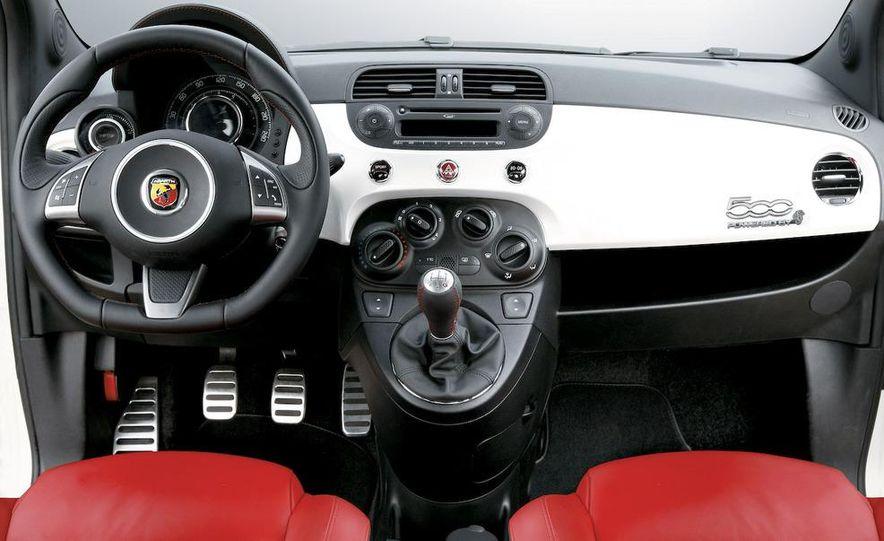 2009 Fiat 500 Abarth - Slide 18