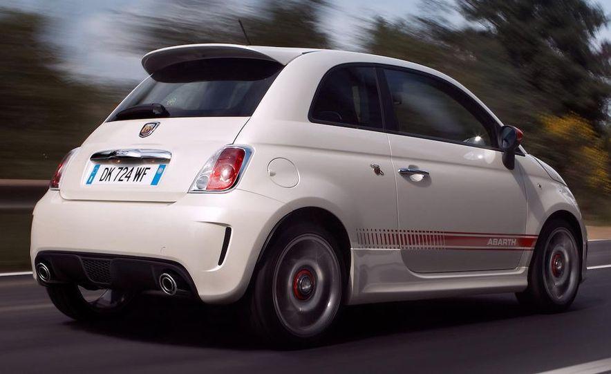 2009 Fiat 500 Abarth - Slide 6