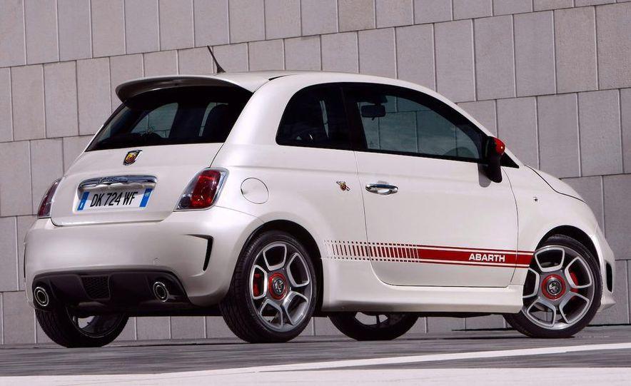 2009 Fiat 500 Abarth - Slide 15
