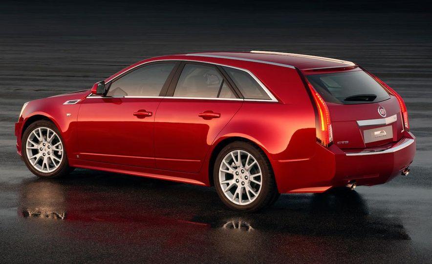 2010 Cadillac CTS Sport Wagon - Slide 3