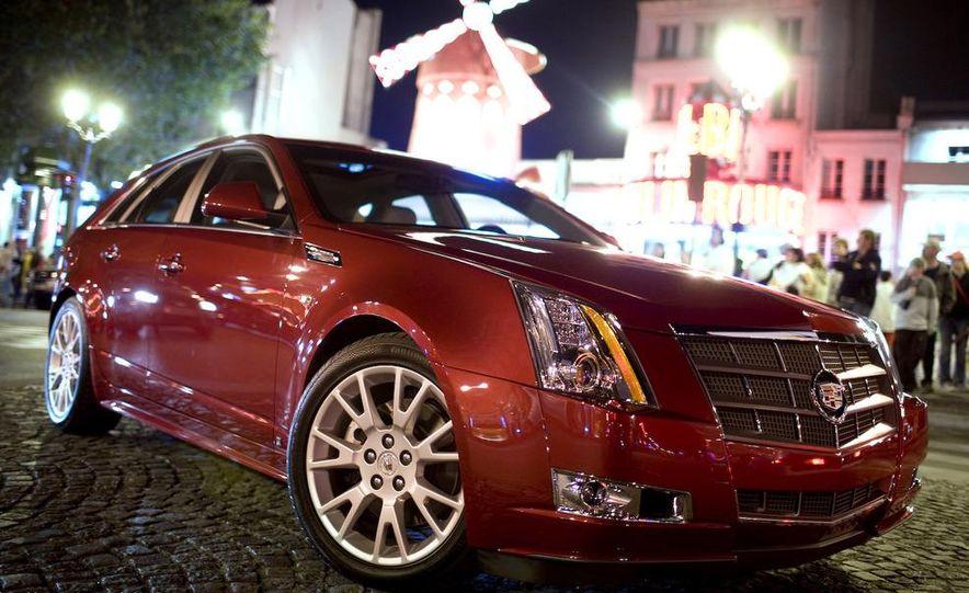 2010 Cadillac CTS Sport Wagon - Slide 7