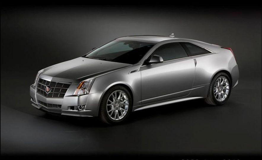 2010 Cadillac CTS Sport Wagon - Slide 8
