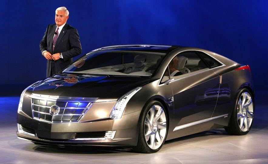 2010 Cadillac CTS Sport Wagon - Slide 29