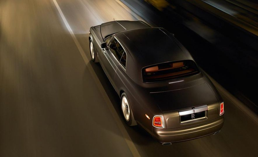 2009 Rolls-Royce Phantom extended wheelbase sedan - Slide 19