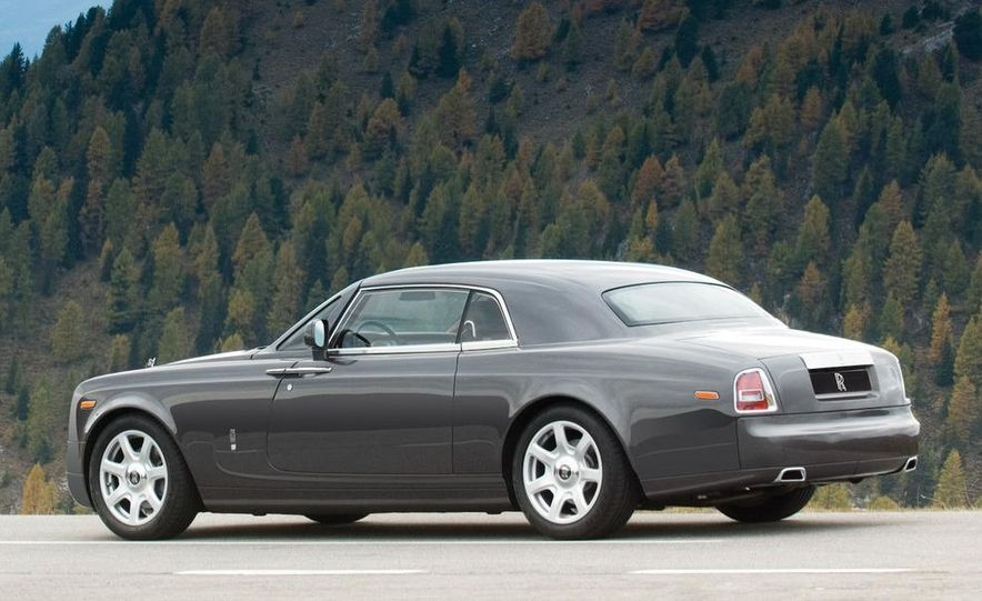2009 Rolls-Royce Phantom extended wheelbase sedan - Slide 26