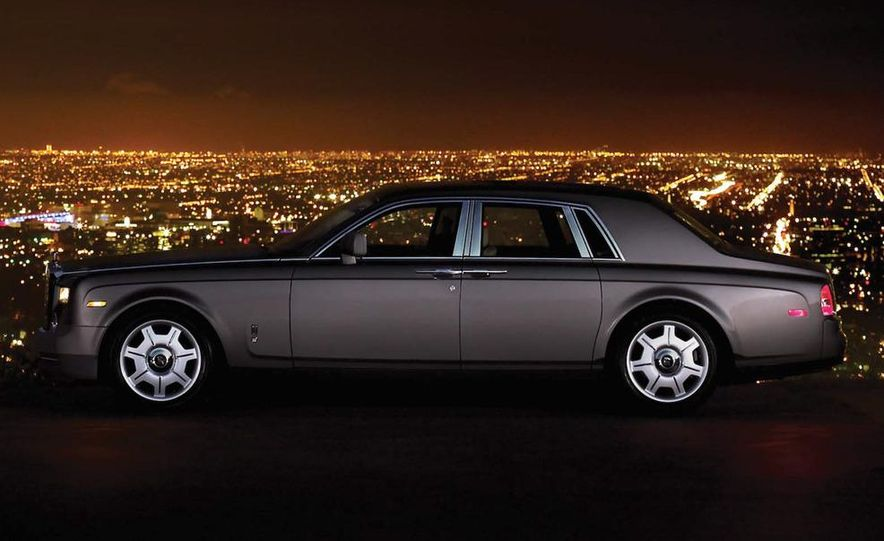 2009 Rolls-Royce Phantom extended wheelbase sedan - Slide 6