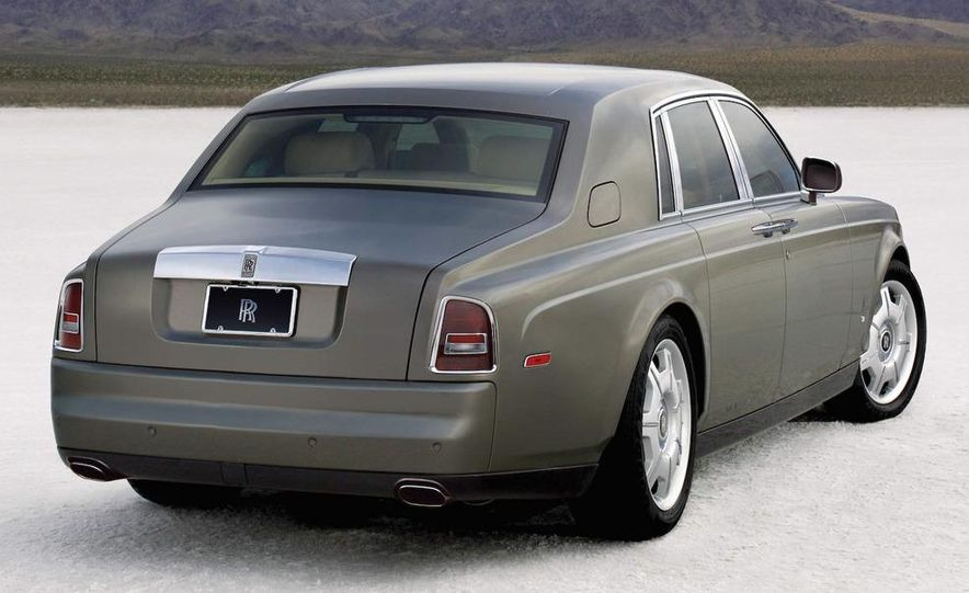 2009 Rolls-Royce Phantom extended wheelbase sedan - Slide 9