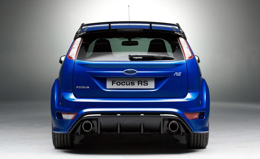 2009 Ford Focus RS (European model) - Slide 3