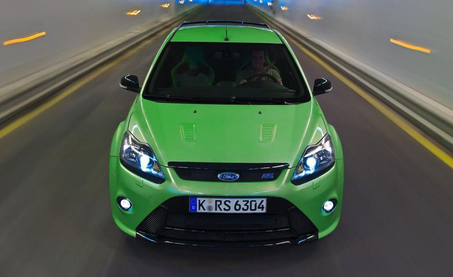 2009 Ford Focus RS (European model) - Slide 11