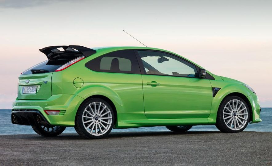 2009 Ford Focus RS (European model) - Slide 17