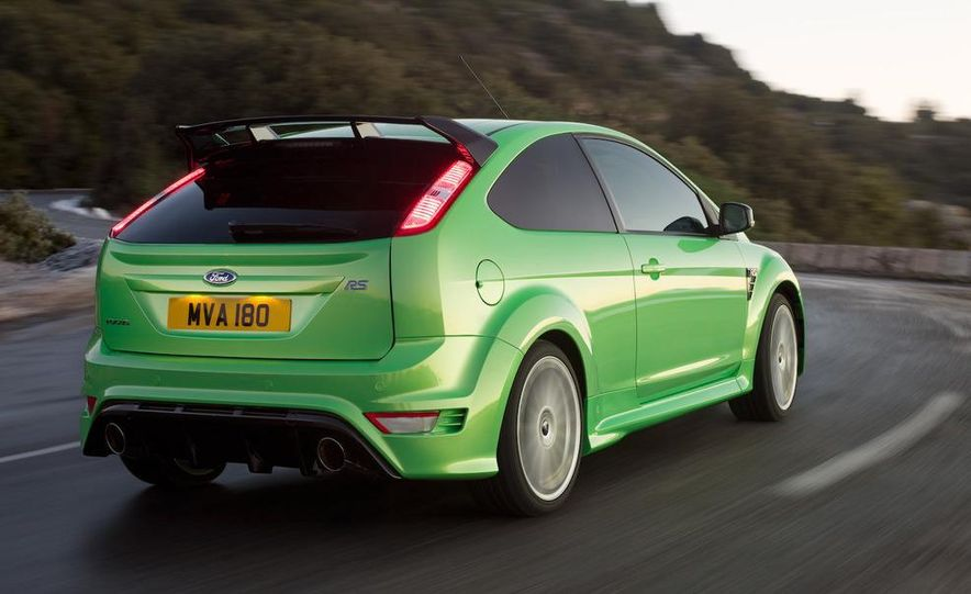 2009 Ford Focus RS (European model) - Slide 21