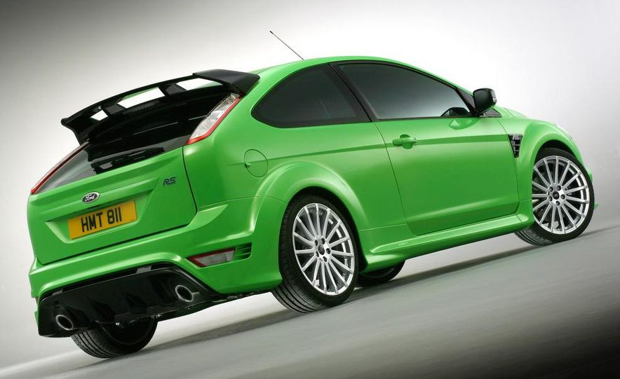 2009 Ford Focus RS (European model) - Slide 28