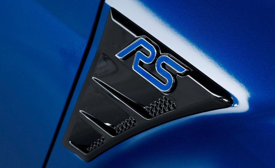 2009 Ford Focus RS (European model) - Slide 34