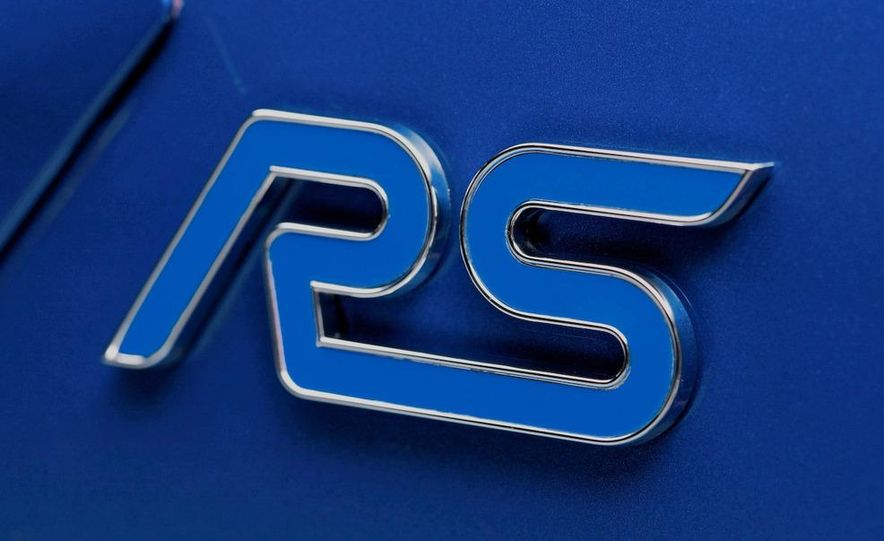 2009 Ford Focus RS (European model) - Slide 10
