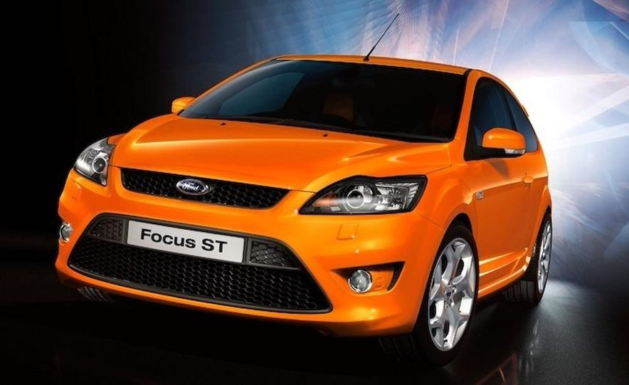 2009 Ford Focus RS (European model) - Slide 40