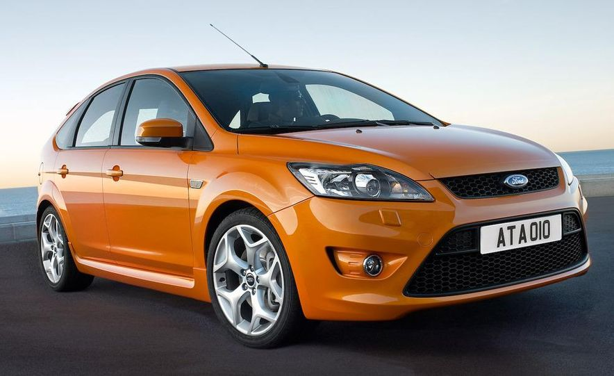 2009 Ford Focus RS (European model) - Slide 41