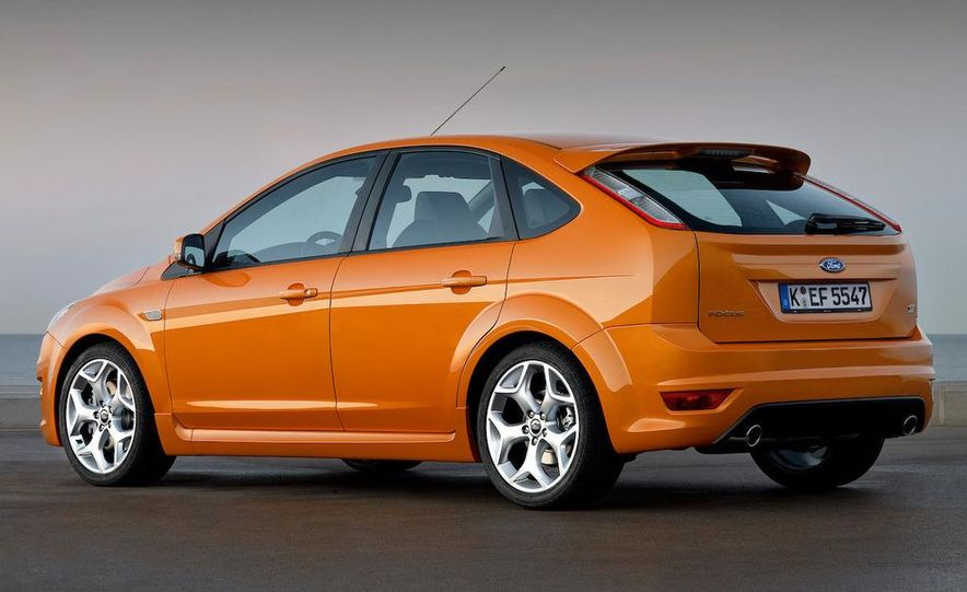 2009 Ford Focus RS (European model) - Slide 43