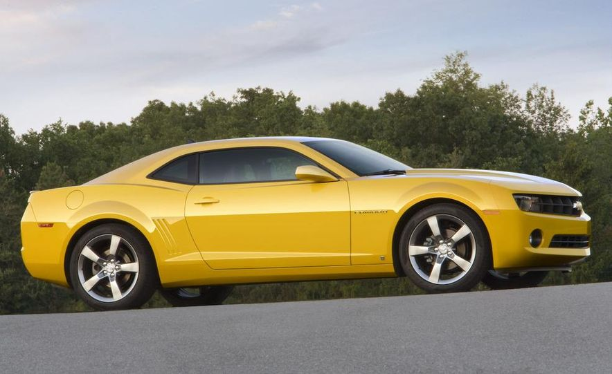 2010 Ford Mustang GT coupe - Slide 13