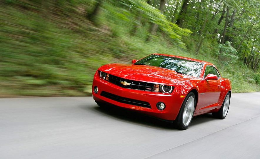 2010 Ford Mustang GT coupe - Slide 14