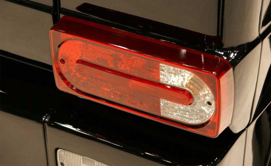 2010 Brabus G V12 S Biturbo - Slide 9