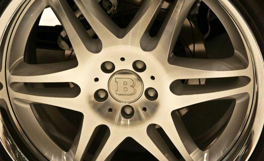 2010 Brabus G V12 S Biturbo - Slide 3