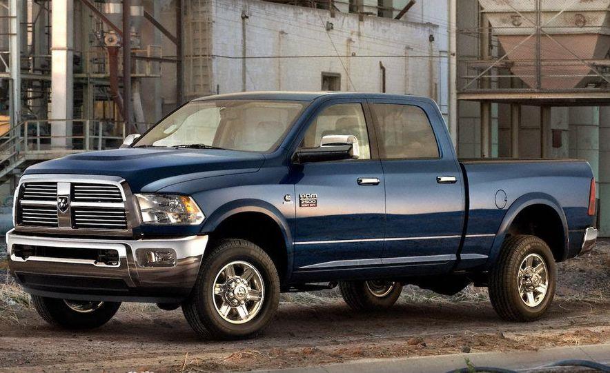 2010 Ford Taurus SHO - Slide 15