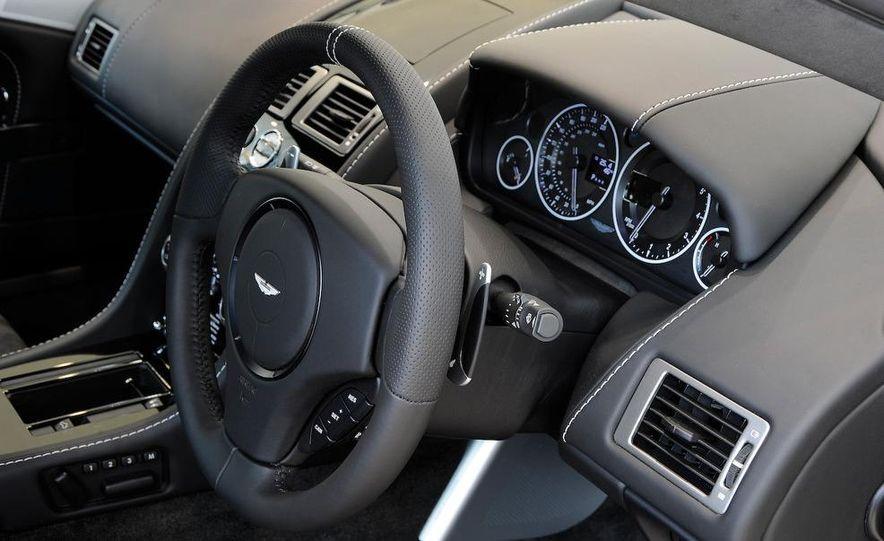 2010 Aston Martin DBS Volante - Slide 12