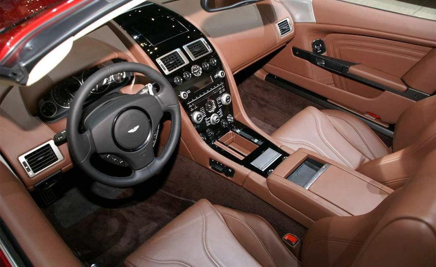 2010 Aston Martin DBS Volante - Slide 25