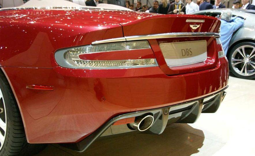 2010 Aston Martin DBS Volante - Slide 22