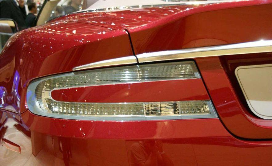 2010 Aston Martin DBS Volante - Slide 21