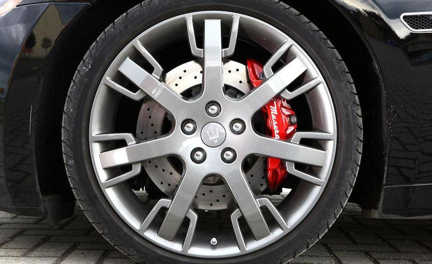 2009 Maserati GranTurismo S wheel - Slide 1