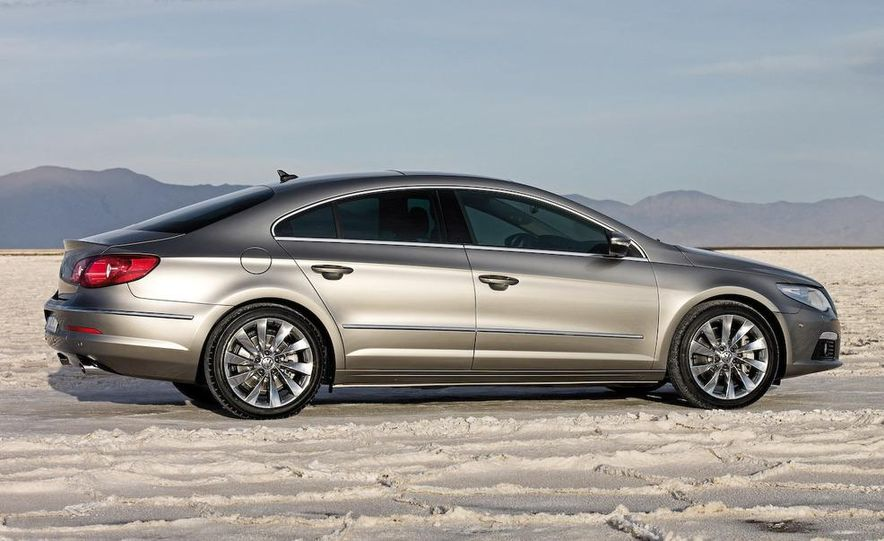 2009 Volkswagen CC 3.6 4MOTION - Slide 2