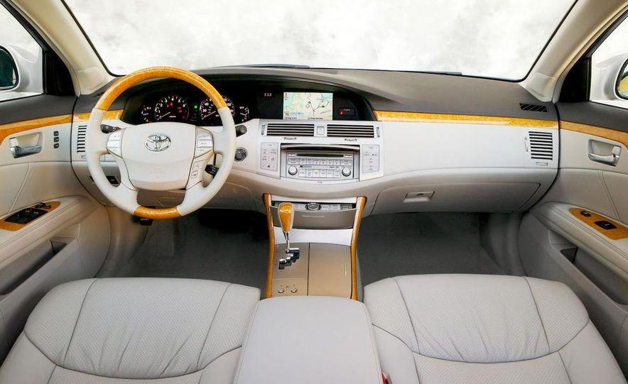 2009 Toyota Avalon Limited - Slide 15