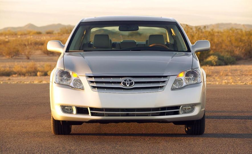 2009 Toyota Avalon Limited - Slide 1