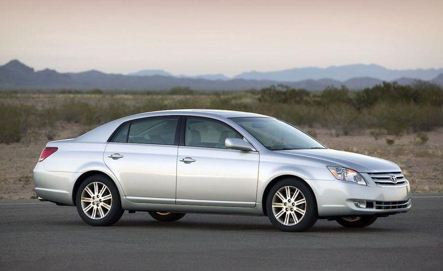 2009 Toyota Avalon Limited - Slide 2