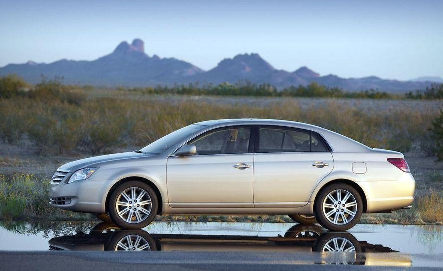 2009 Toyota Avalon Limited - Slide 8