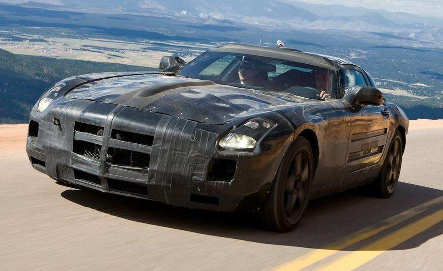 2011 Mercedes-Benz SLS AMG dry-sump oil lubrication system diagram - Slide 28