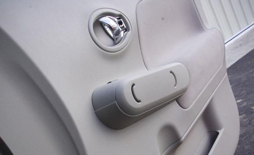 2010 Nissan Cube S - Slide 42
