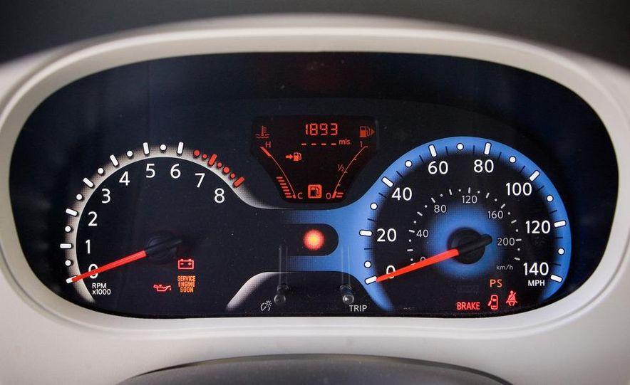 2010 Nissan Cube S - Slide 37