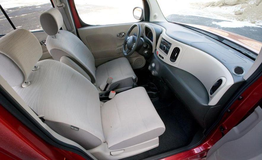 2010 Nissan Cube S - Slide 28