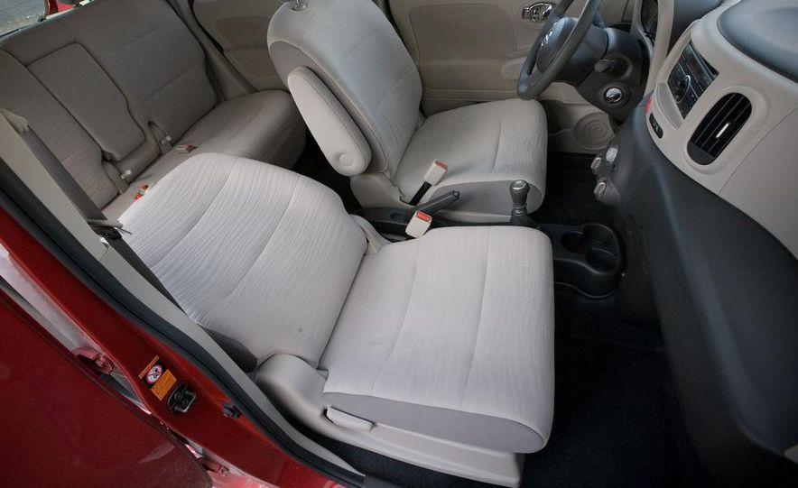 2010 Nissan Cube S - Slide 29