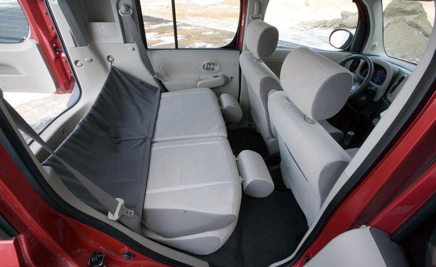 2010 Nissan Cube S - Slide 31