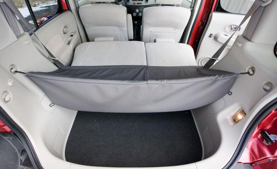 2010 Nissan Cube S - Slide 33