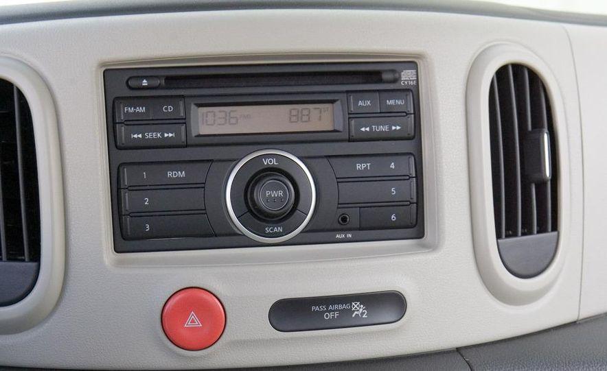 2010 Nissan Cube S - Slide 39